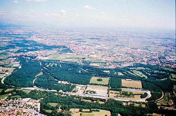 Monza_aerial_photo